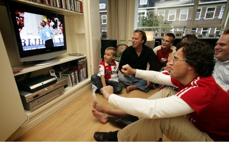 Supporters hoeven niet meer naar het stadion maar kijken het thuis om te genieten van sport, dankzij een geheugenkaart
